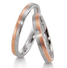Pentru obtinerea modelului de verighete ATCOM ATC333 s-a alaturat o banda din aur alb unei benzi din aur roz. Aur, Couple Rings, Wedding Rings, Engagement Rings, Model, Jewelry, Rings For Engagement, Jewlery
