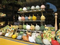 Ceramic chickens in Provence (Arles)