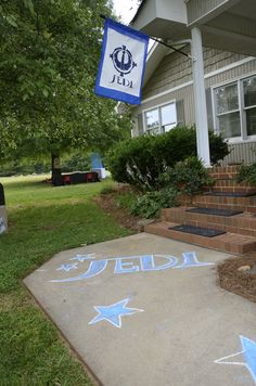 Star Wars Party: Sidewalk chalk...cheap and easy to add to party decorations.
