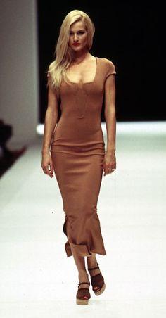 Karen Mulder Show Gianfranco Ferre - Spring 1995