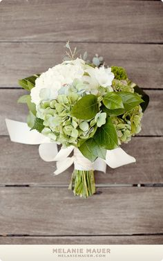 I like these bouquets for bridesmaids too...simple and summery