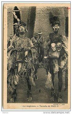 Les Deux Clowns Magiciens - Yacouba de Man, Cote D'Ivoire.