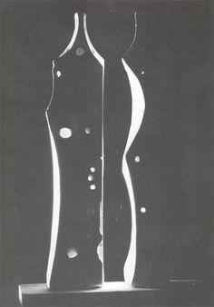 La Tierra y la Luna. Cuerpos giratorios con módulos de luz 1951-52 yeso