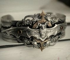 NN bat bracelet