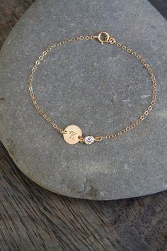 Jewelry Design Earrings, Cute Jewelry, Jewelry Accessories, Jewelry Trends, Baby Jewelry, Womens Jewelry Rings, Women Jewelry, Fashion Jewelry, Gold Bracelet For Girl