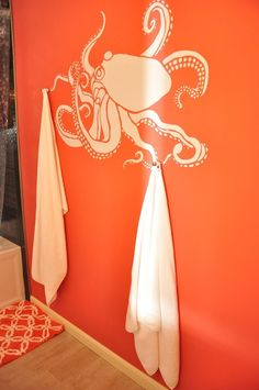 Octopodes make great towel holders | Offbeat Home