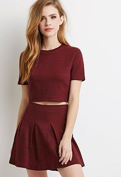 """hipster-miniskirts: """" Marled Knit Pleated Skirt Heart it on Wantering and get an… Lydia Martin Style, Lydia Martin Outfits, Mode Outfits, Skirt Outfits, Outfits For Teens, Burgundy Skater Skirt, Looks Teen, Girls In Mini Skirts, Look Girl"""