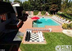 Casa onde Kristen Stewart viveu na infância está à venda por mais de R$ 3,5 milhões