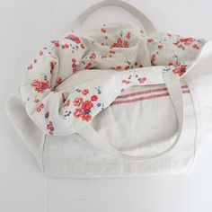 New post up! nos hemos enamorado de este bolso de lino de ana & cuca http://15colgadasdeunapercha.com/2014/07/05/closet-musts-los-bolsos-de-ana-cuca/ New post up! we have fallen in love with this ana&cuca linen bag http://15colgadasdeunapercha.com/2014/07/05/closet-musts-los-bolsos-de-ana-cuca/