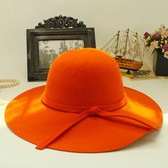 Chapeau de laine arc