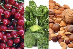 Cereja, folhas verdes e amêndoas estão entre os alimentos que podem ajudar a ter uma boa noite de sono (Foto: Think Stock)