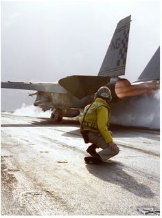 F-14 Tomcat On Deck Ready for Cat Launch (VF-211 Fighting Checkmates)