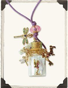 FAIRY DUST NECKLACE Bottle Charms, Bottle Necklace, Mini Bottles, Glitter Bottles, World Necklace, Jar Jewelry, Jewelry Necklaces, Jewelery, Fairy Village