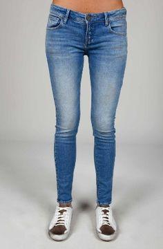 Denim Jeans, jeggings y Vaqueros para Mujer Denim Jeans, Skinny Jeans, Woodstock, Jeggings, Pants, Fashion, Moda Femenina, Women, Clothing