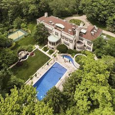 Mansion Homes and Dream Houses — Chicago Mansion Home. View this mansion home on...