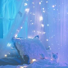 I wanna sleep under a blanket of stars and dreams.  n e w  v i d e o DIY Room Ideas For Unicorns  [ link on my bio ]  #roomgoals#roomspiration #dreamroom #luna#artemis #puppycat #bedroomideas #magicalaf