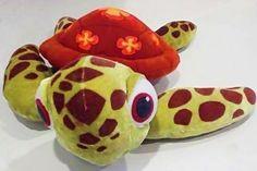 SQUIRT Finding Nemo Turtle Stuffed Animal Plush Sea Turtle Toy Disney 2003 #Disney
