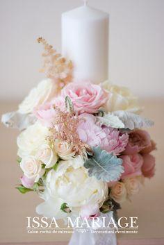 Lumanari cununie religioasa din bujori roz pla si alb IssaEvents Wedding Bouquets, Wedding Flowers, Wedding Dresses, Baptism Candle, Wedding Decorations, Floral Decorations, Sweetheart Table, Wedding Details, Wedding Ideas