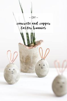 DIY Concrete and Copper Easter Bunnies   Looking for some simplistic Easter decoration DIY that's in an Scandinavian style? Make these copper and concrete Easter bunnies in no time!