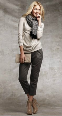 cropped pants and boots great transition to fall outfit!