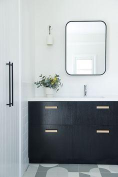 Minimal Bathroom Renovation Jane Ledger Talks To Sky News