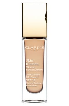 I'm in love with how smooth and creamy this is.  May need to get one.  Clarins Skin Illusion Natural Radiance Foundation SPF 10 available at #Nordstrom