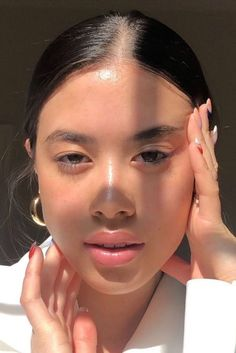 Face Aesthetic, Aesthetic Makeup, Beauty Make-up, Beauty Skin, Luxury Beauty, Natural Glowy Makeup, Natural Skin, Piel Natural, Glass Skin