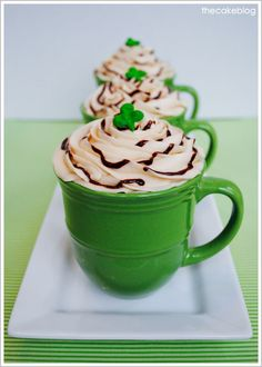 Irish Coffee Cupcakes ~ Espresso Buttercream and Chocolate Whiskey Ganache! i love the idea of baking it in a mug. Coffee Cupcakes, Love Cupcakes, Holiday Treats, Holiday Recipes, Cupcake Recipes, Cupcake Cakes, Cocoa, Smoothies, St Patricks Day Food