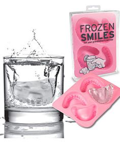 Frozen Smiles Ice Cube Mold Tray from Fred Not your Grandfather's ice tray! Quantity: ONE Frozen Smiles cube Tray All of a sudden, dentures arent just for Grandpa anymore! Freeze up a batch of Frozen Dental Humor, Dental Hygiene, Braces Humor, Dental Quotes, Novelty Ice Cube Trays, Objet Wtf, Ice Molds, Jello Molds, Over The Hill