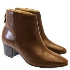 Bota Cano Curto Chocolate 7355 Moselle Calçados Femininos!