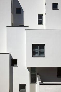 Up close - the Haus KLR by Archequipe. Image via Dezeen.