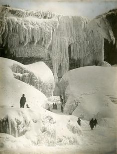 Niagara Falls, 1911 On this day Niagara froze.