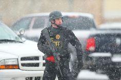 Colorado : 3 morts dans une fusillade visant un centre de planning familial Check more at http://info.webissimo.biz/colorado-3-morts-dans-une-fusillade-visant-un-centre-de-planning-familial/