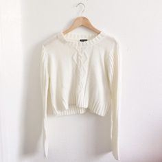 "Cropped Sweater 10/10 condition, about 19"" long --100% acrylic Sweaters"