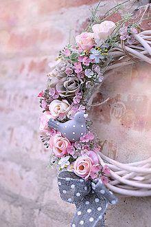 Dekorácie - Jarný veniec na dvere s vtáčikom♥ - 6564807_