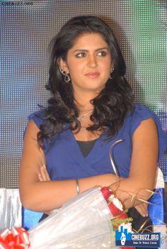 Deeksha Seth at Veedinthe Logo Launch