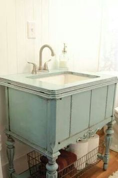 Green cabinet sink