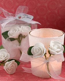 White Rose Candle Favors #wedding www.BlueRainbowDesign.com