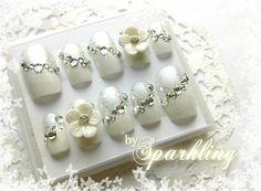 Flower White Manicure Bridal Nail
