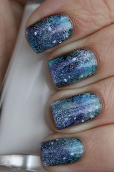 This is from Grapefizz Nails and I it's called Galaxy Nails. Get Nails, Fancy Nails, Love Nails, Pretty Nails, Hair And Nails, Manicure Pictures, Fingernails Painted, Galaxy Nail Art, Different Nail Designs