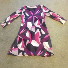 Beautiful dress it is excellent condition , only worn a few times Dresses