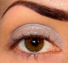 Avalanche Eyeshadow Mineral makeup Holiday collection (Light taupe with lots of shimmer & sparkles ) Eye shadow Eyeliner