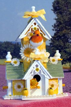 Victorian decorative birdhouse yellow over 12 high by betmatrho, $35.00
