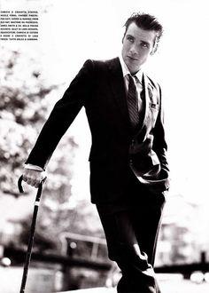 Cillian Murphy (but he looks like Maxwell does in my head).