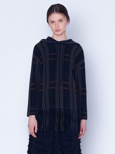 Knitted pullover in cashmere silk in ribbed plaid jacquard. The pullover has a detachable hood, features bottom fringes and long sleeves Silk Taffeta, Silk Crepe, Fringes, Mock Neck, Sleeve Styles, Parka, Cashmere, Stylists, High Neck Dress