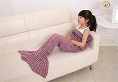 Love this #adorable #mermaidblanket, it is a #knitblanket!