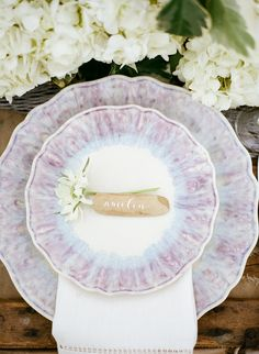 love this table setting