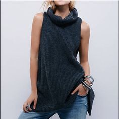 Free People Pullover Tunic Sweater Vest Charcoal gray ribbed knit Free people sweater with slit in the back Nwt . Free People Tops