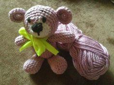 Kostenlose Häkelanleitung Amigurumi Timmy der Teddy