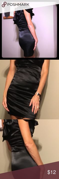 B darlin juniors one shoulder dress. Gorgeous Junior size 5/6. Black and one shoulder. Very pretty when on. I wore to a wedding. B Darlin Dresses One Shoulder